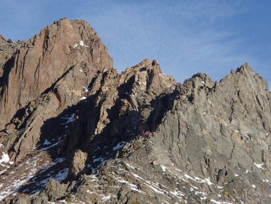 The start of the ridge devoid of snow