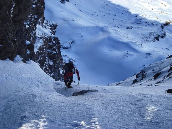 The easier upper slopes to the col