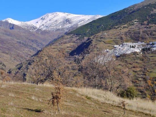 Combining trekking on the Sulayr and Sierra Nevada
