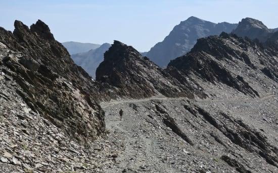 The Rio Crestones ridge with Alcazaba behind