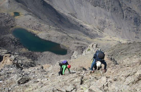 Easy slabs to Puntal de la Caldera