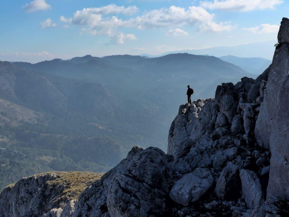 Descending from the Penon de la Mata