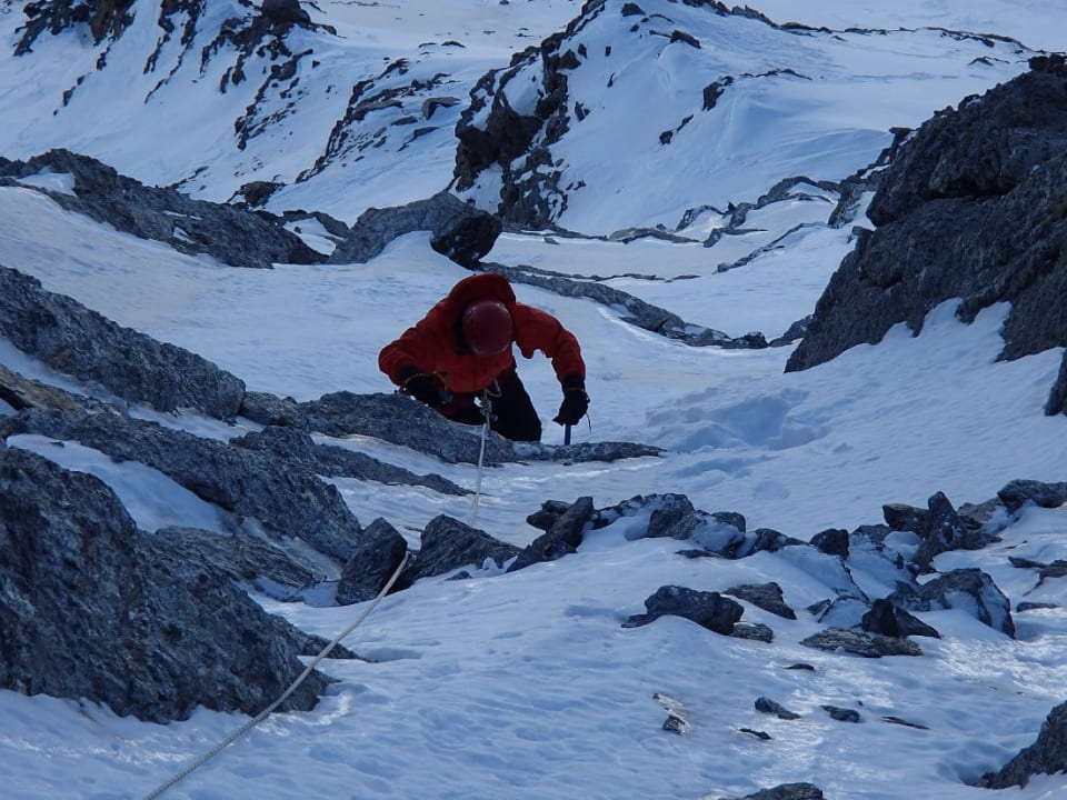 Winter Skills in the Sierra Nevada mountains