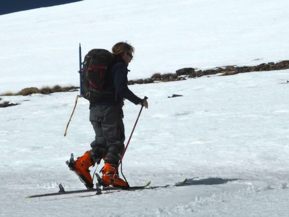 Ascending the western slopes of the Cerro de Caballo