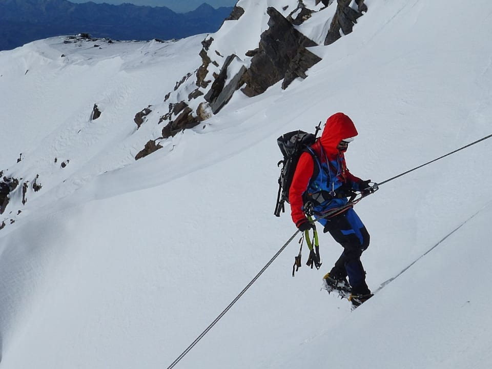 Longer courses allow for ascents of the mountains