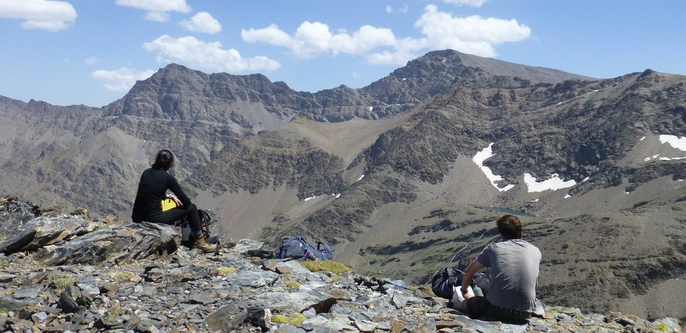 The Northern Flanks of the Sierra Nevada in a day or 2 day trek