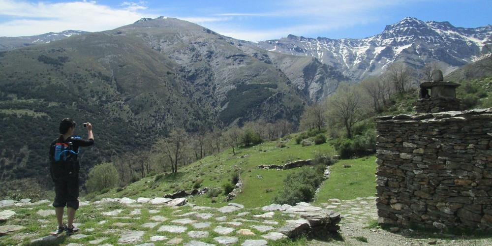 Cortijos Hornillos circular hike