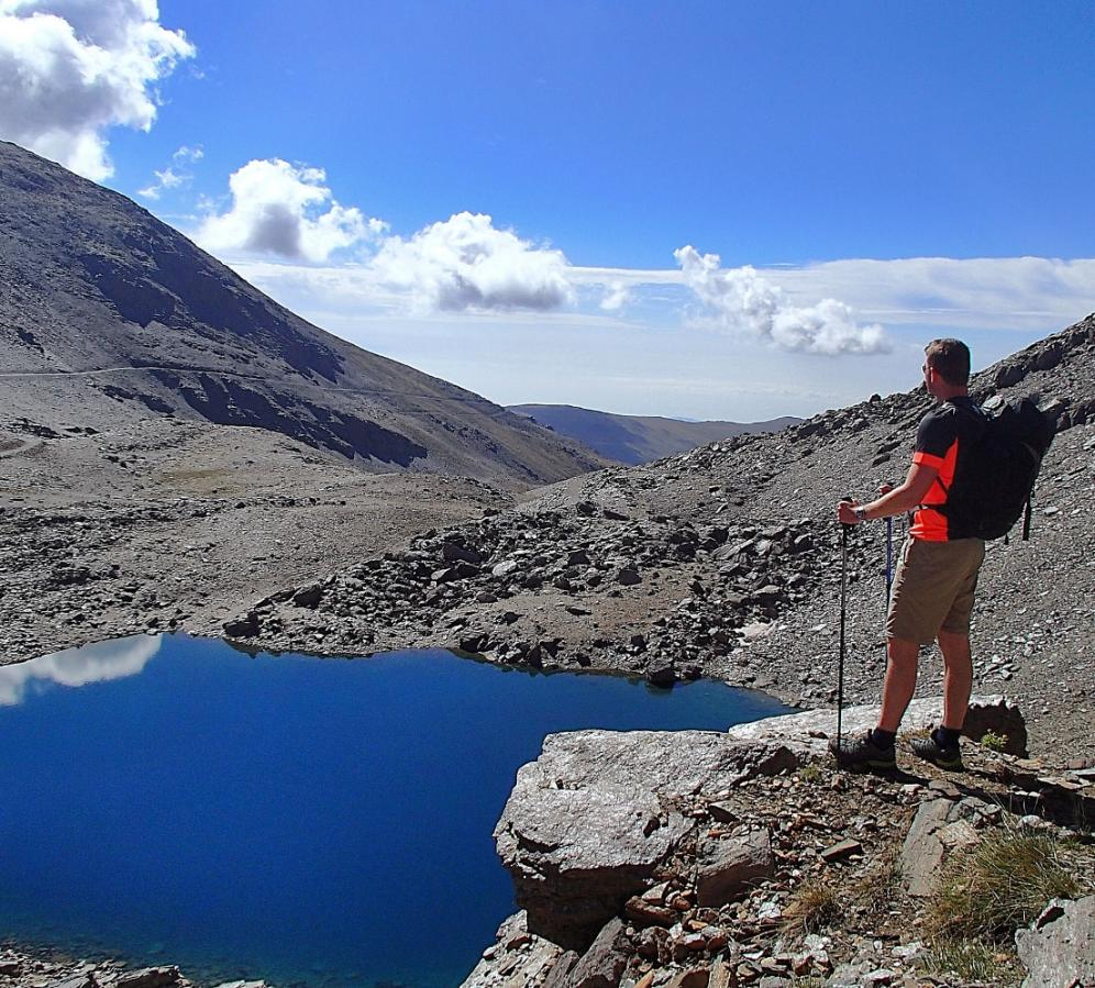 Trekking to the high mountain lakes