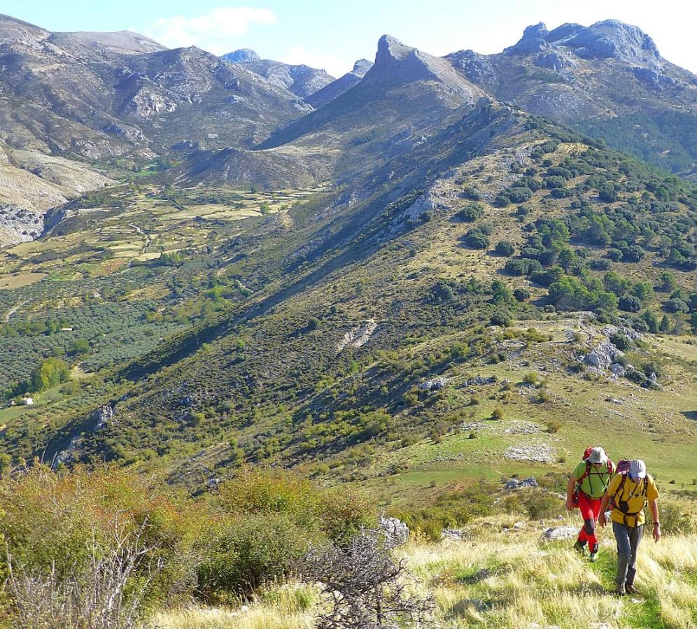 Climbing up to the Peñon de la Mata, Sierra de Huetor