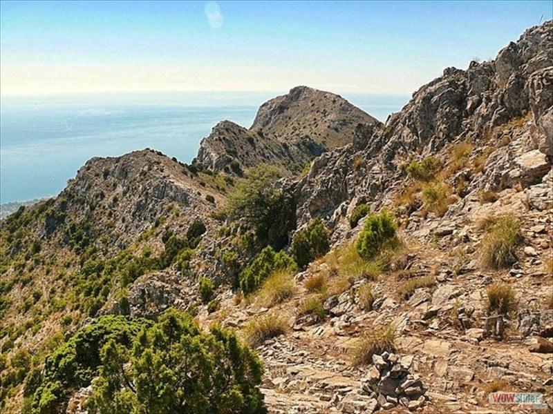 Marbella Mountains Slide 3