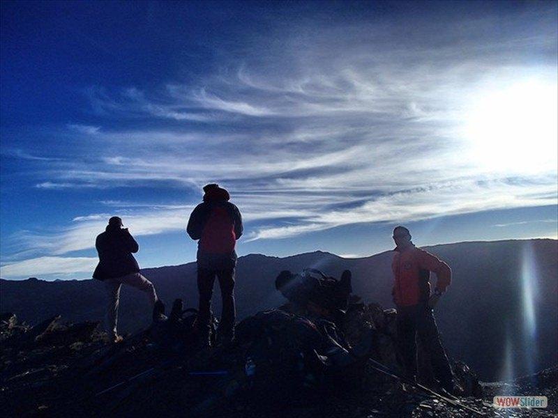 Trekking in the Sierra Nevada Slide 5