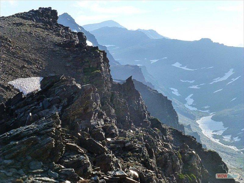 Trekking in the Sierra Nevada Slide 7