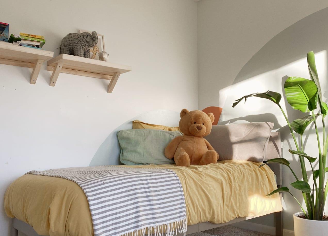 avery paltform bed