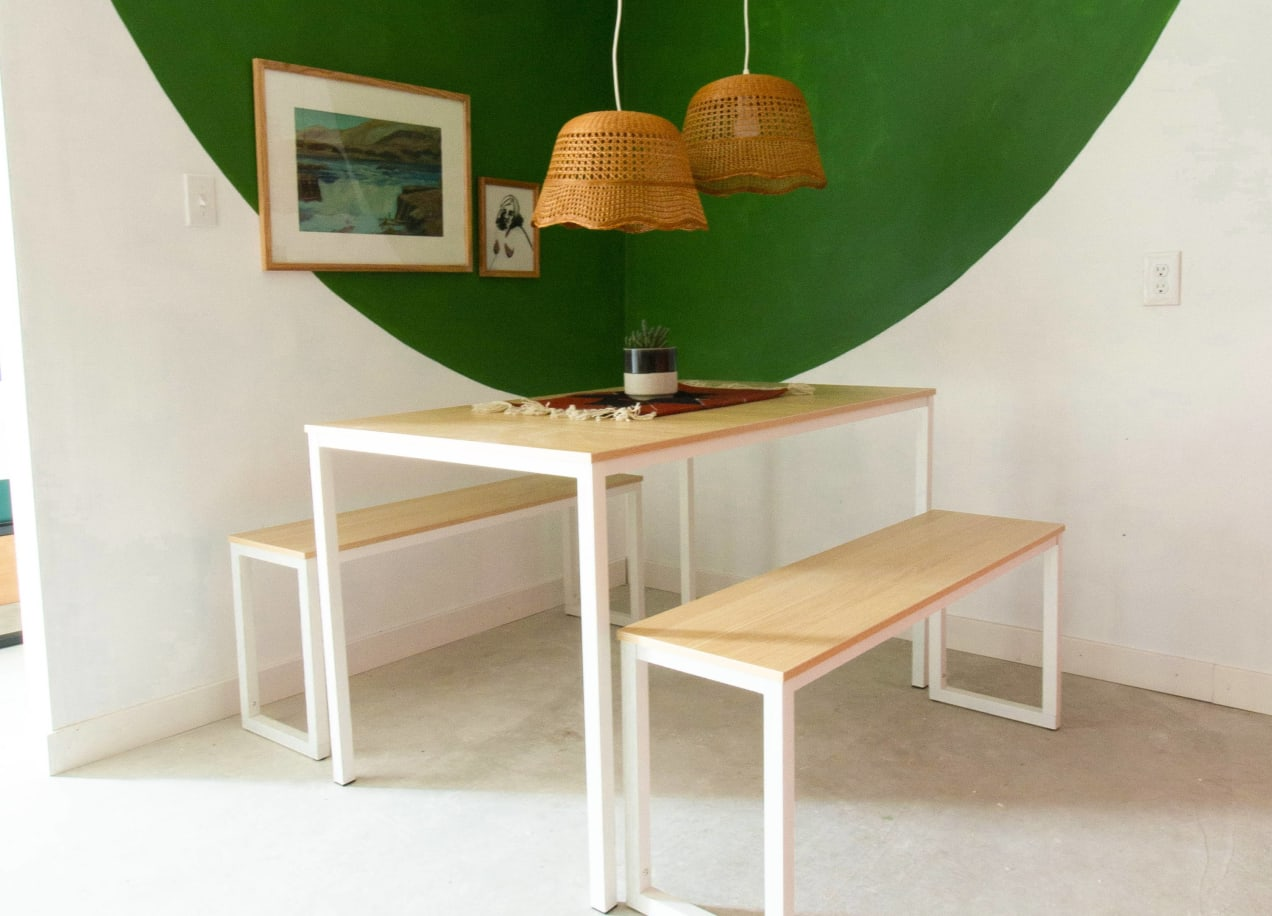 soho dining set in natural and white