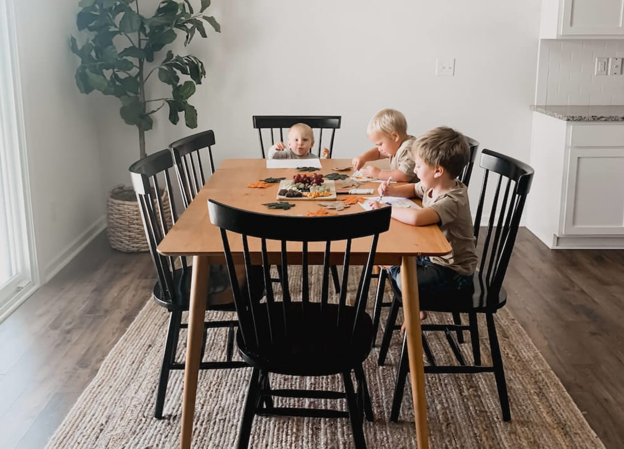 laura dining table with kids