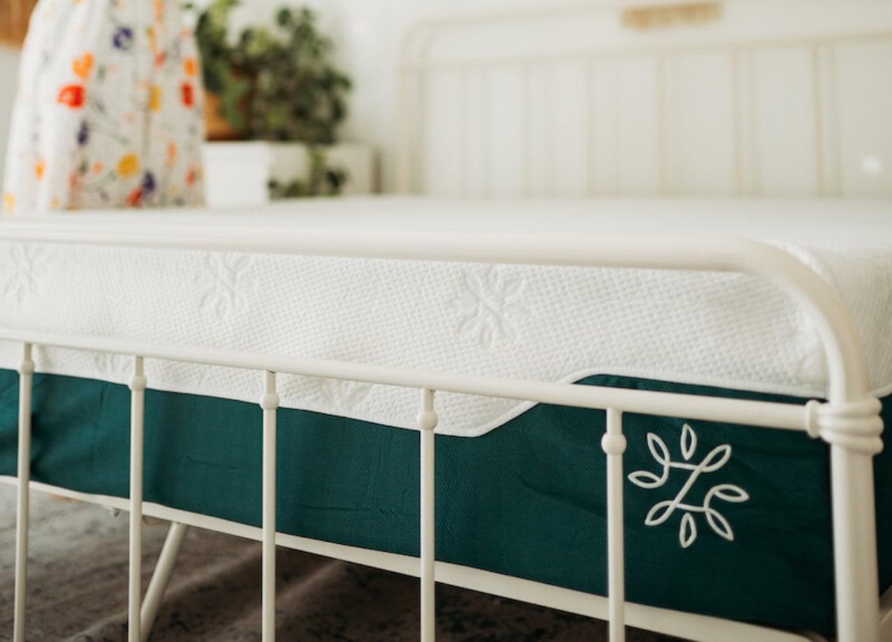cooling gel hybrid mattress