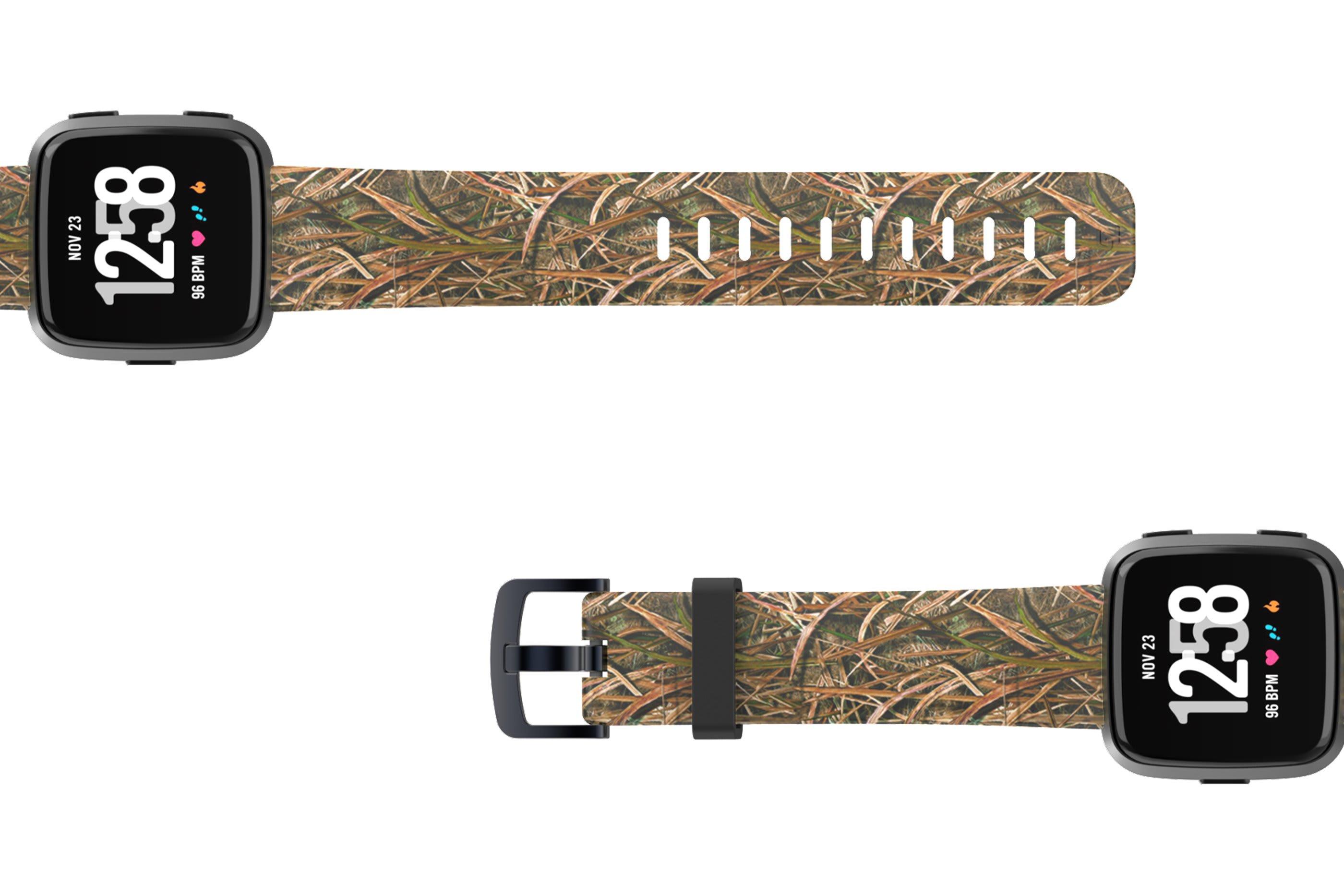 Mossy Oak Blades Fitbit Versa watch band viewed top down