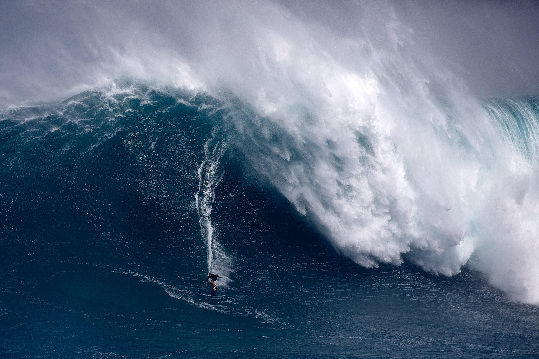 Ridge Lenny Surfing jaws