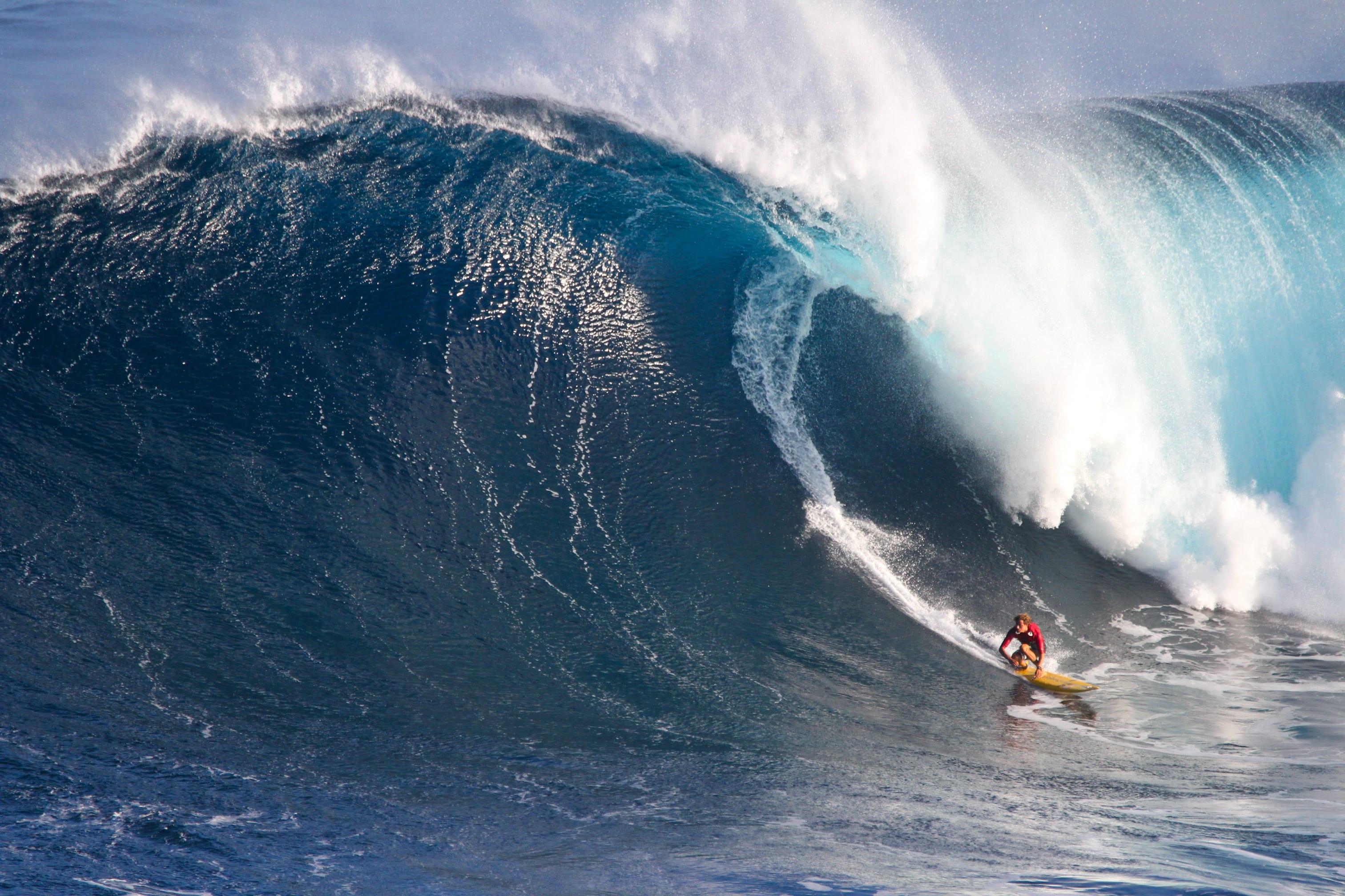 Ridge Lenny surfing in Hawaii
