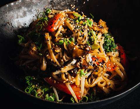 Daring Plant-Based Chicken Rice Noodle Beauty