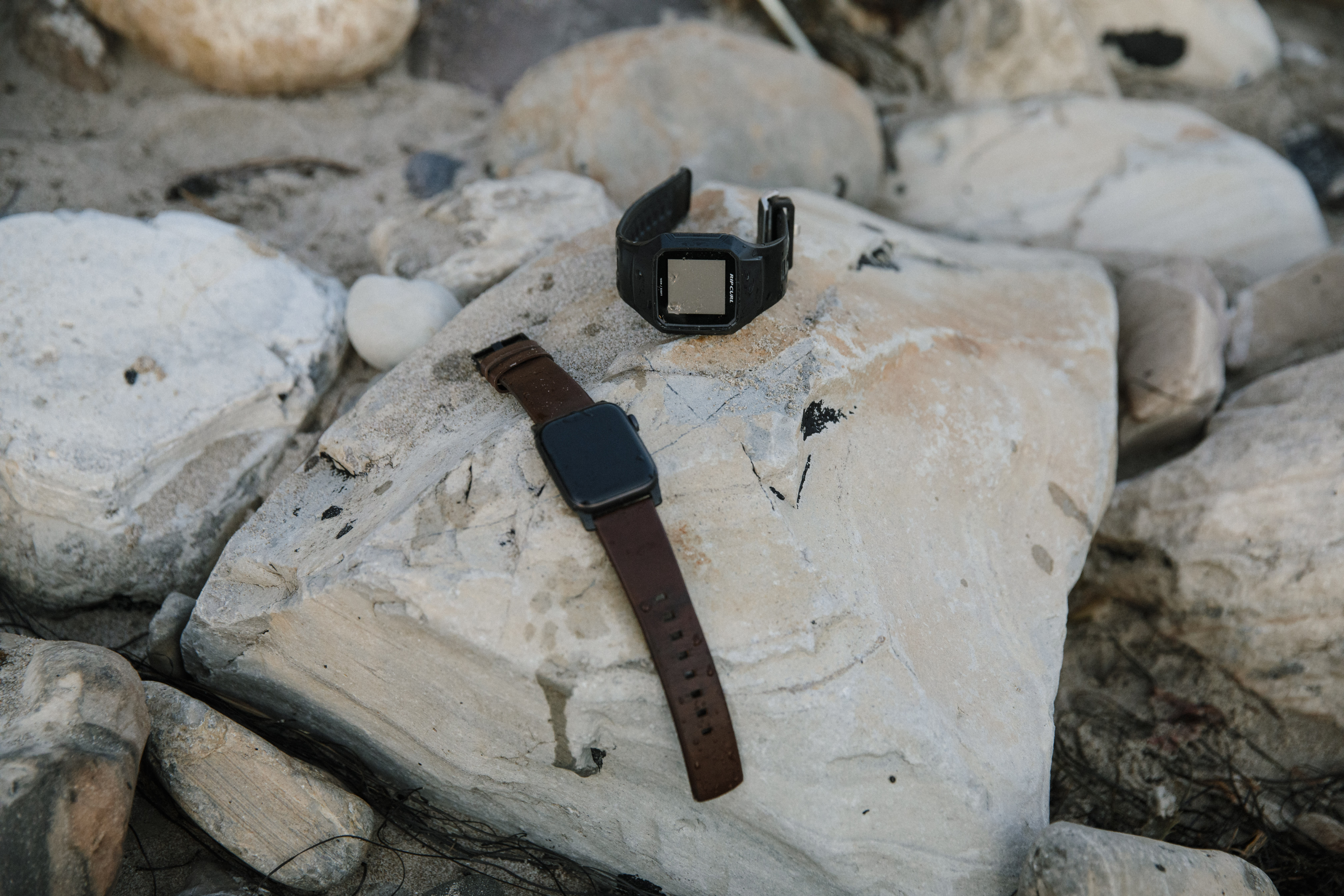 Apple Watch Series 5 and Rip Curl Search GPS 2