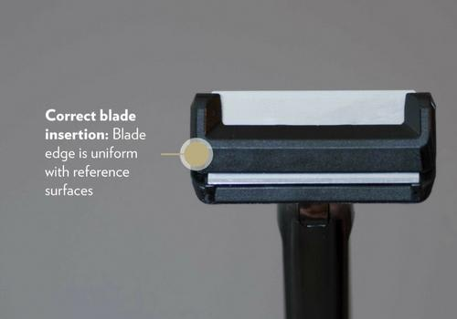 Correct Blade Insertion