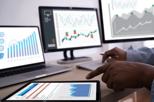 4 Ways to Use Data Analytics to Build a Better Cleaning Business