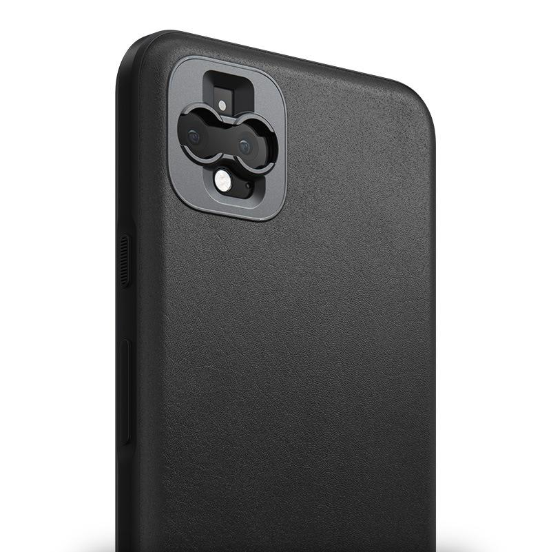 Rugged case Rugged case without Moment lens