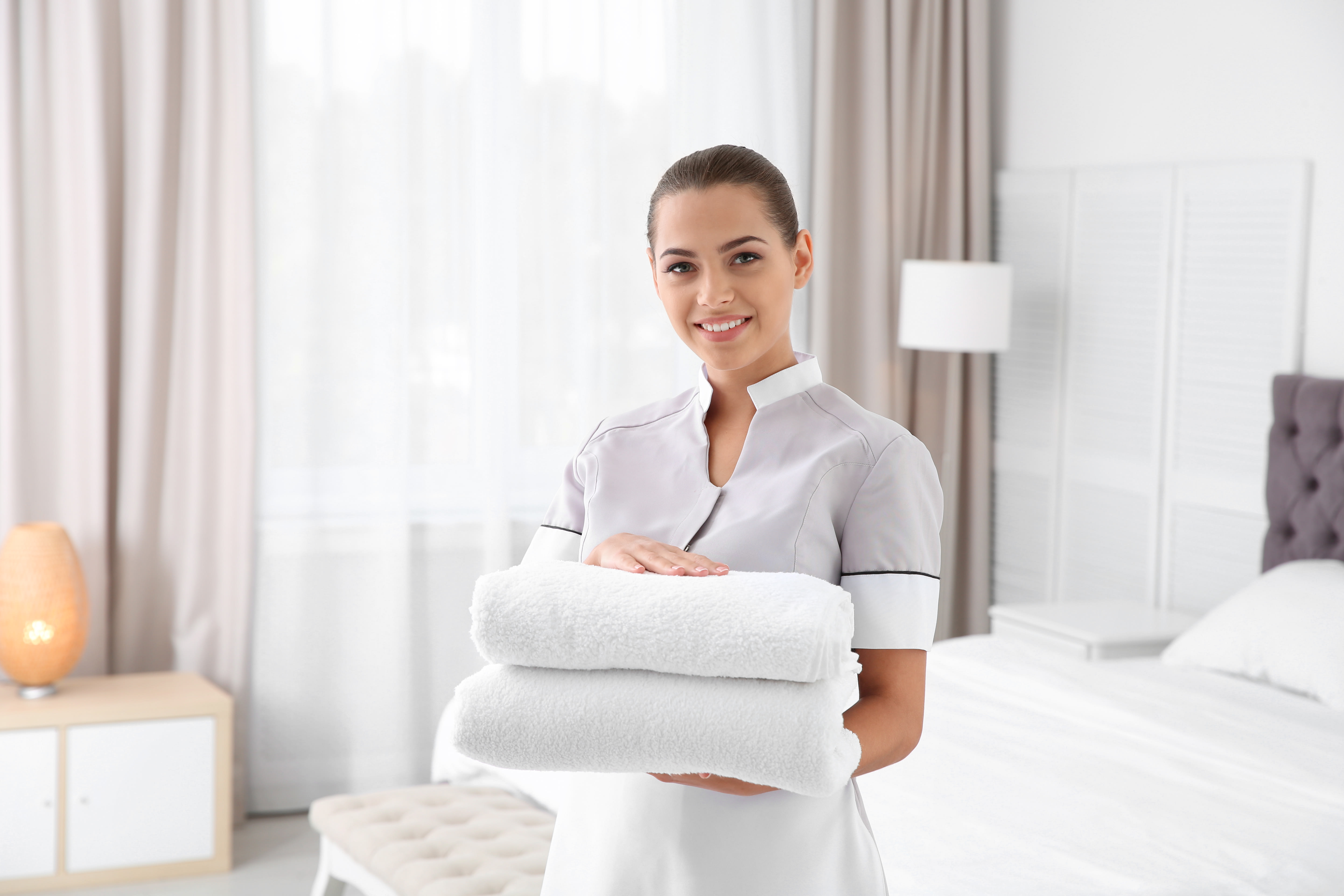 5 Steps for Improving Cleaning Staff Job Satisfaction
