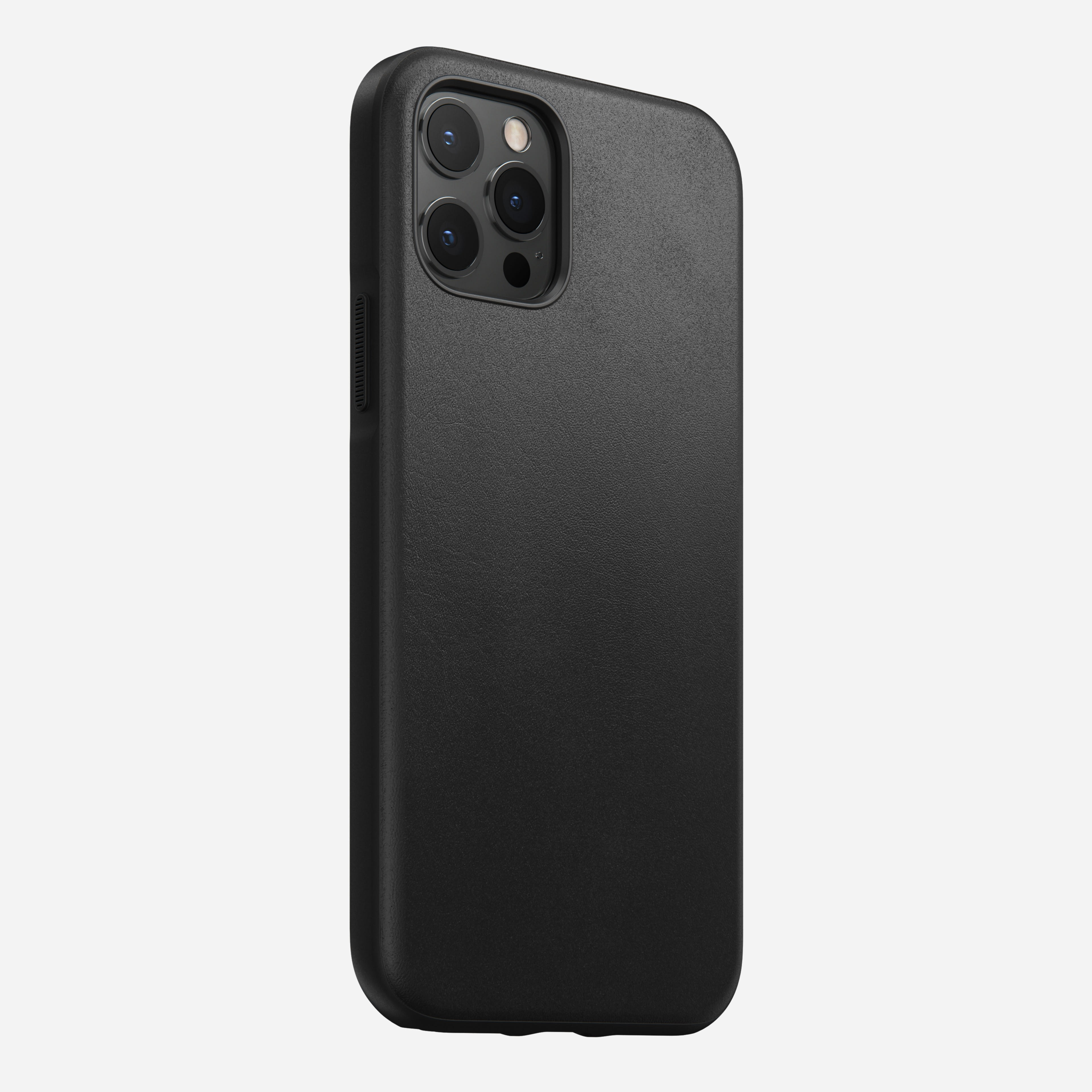 Rugged case horween leather black iphone 12 pro