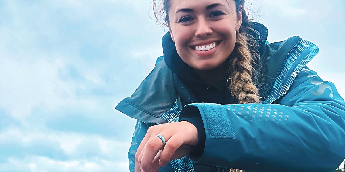 girls hunt and fish with groove rings