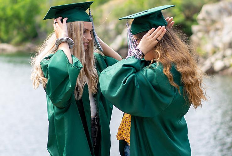Graduation Gifts for Graduating Seniors