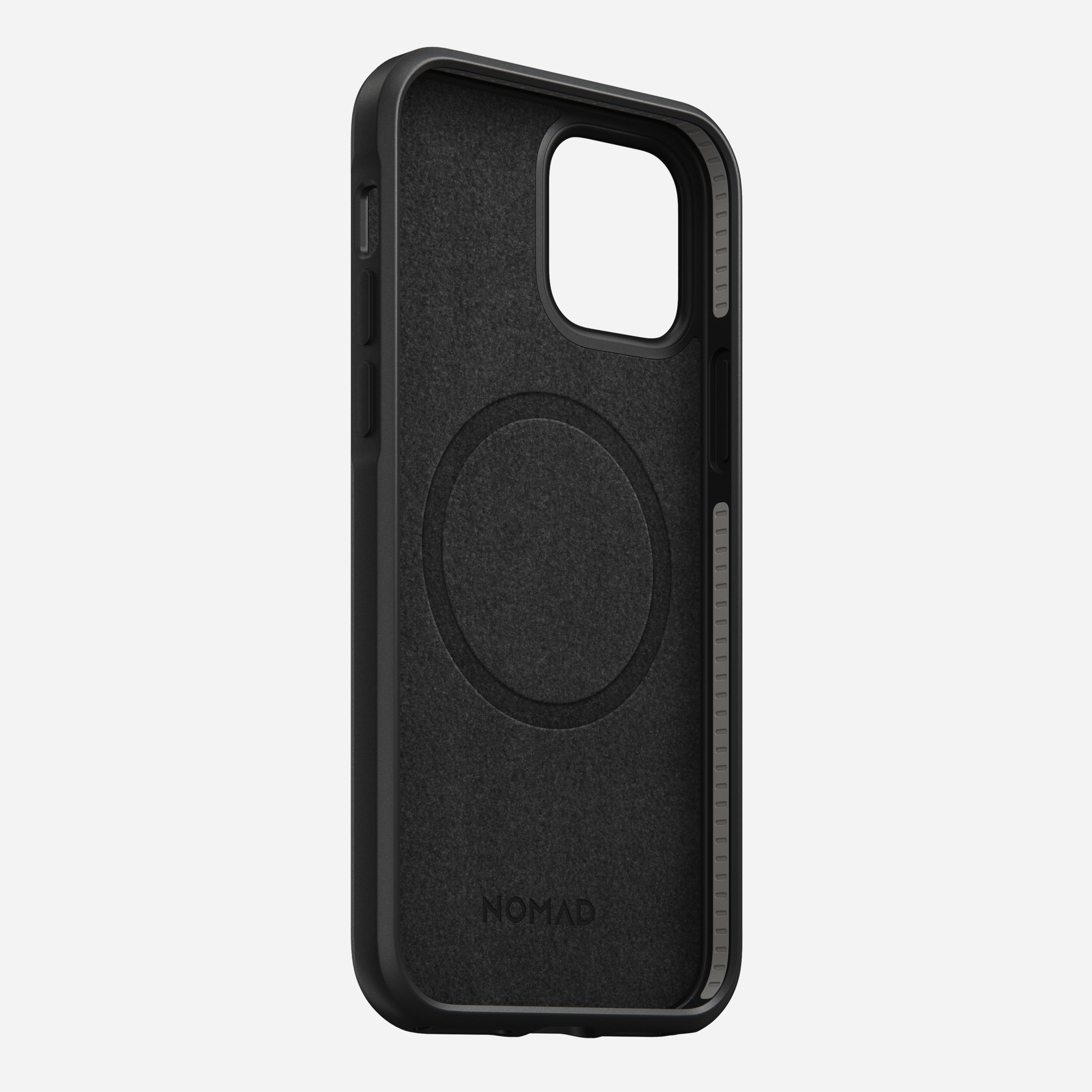 Rugged case magsafe horween leather black iphone 12 pro