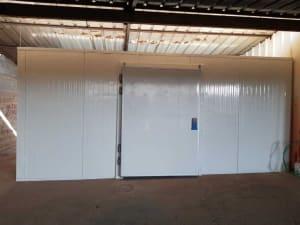 בניית חדרי קירור לחנויות