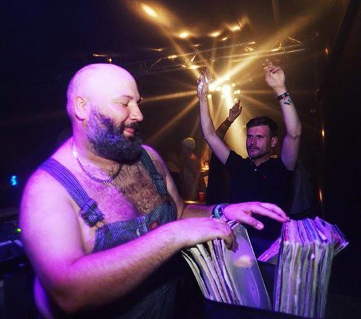 Mona w/Prosumer, Daniel Wang, Nick V, DJ André + Dance Contest