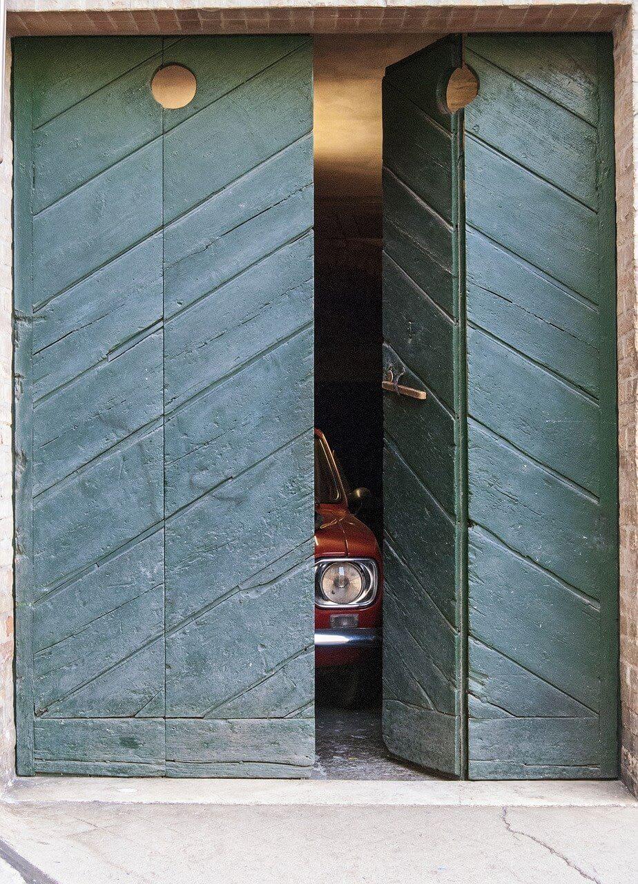 how to build a secret door