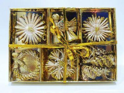 Caja de 9 figuras variadas...