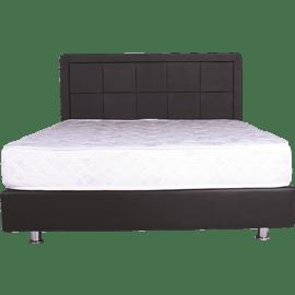 מיטה מעץ מלא מרופדת