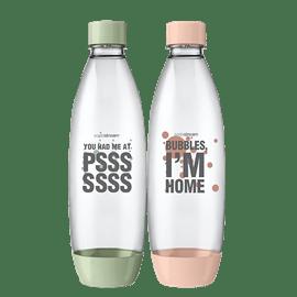 זוג בקבוקים מעוצבים
