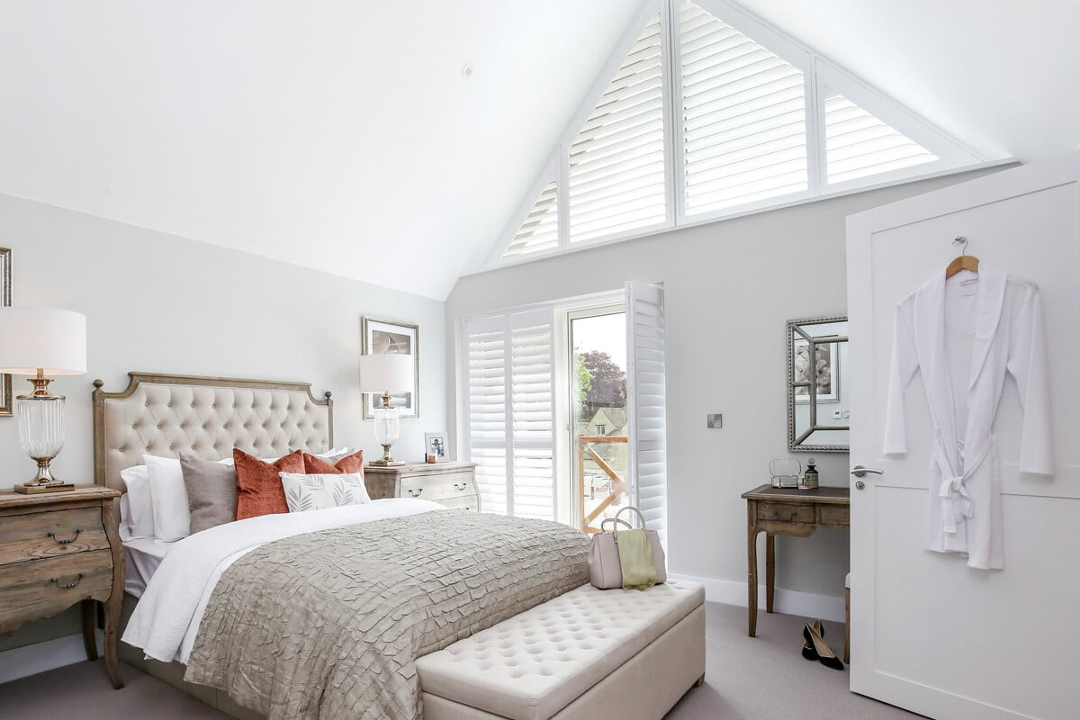 angled shutters for feature window
