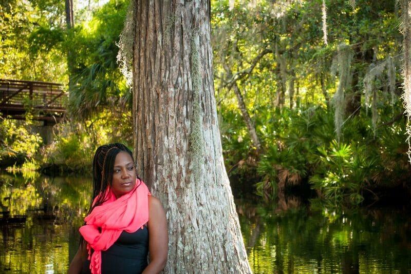 renee hughes, the aromaspecialist enjoying nature