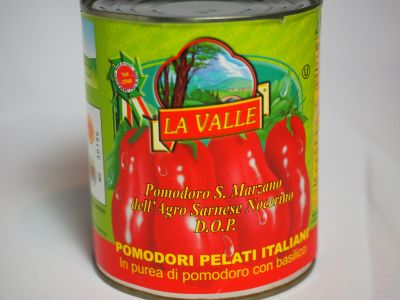 Notice the D.O.P. Designation on the Front of this La Valle Can