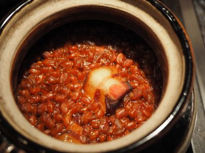 A Freshly Baked Pot of Boston Baked Beans