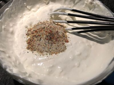 Sour Cream w Italian Seasoning