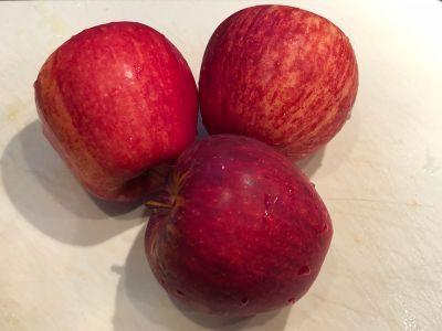 Apples Ready for Prep