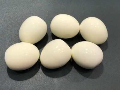 Hard Boiled Eggs Peeled