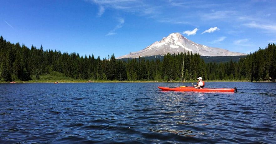 Image of David Jennings kayaking at Trillium Lake in Oregon