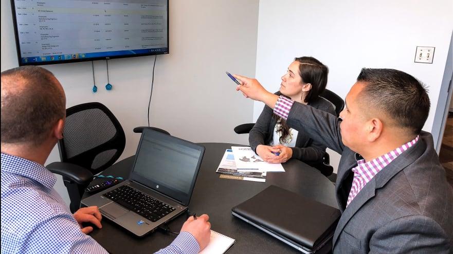 Meeting between On-Site Management Team Members