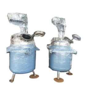Jacketed reactor vessel