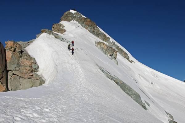 Allalinhorn 4027m, via Hohlaubgrat